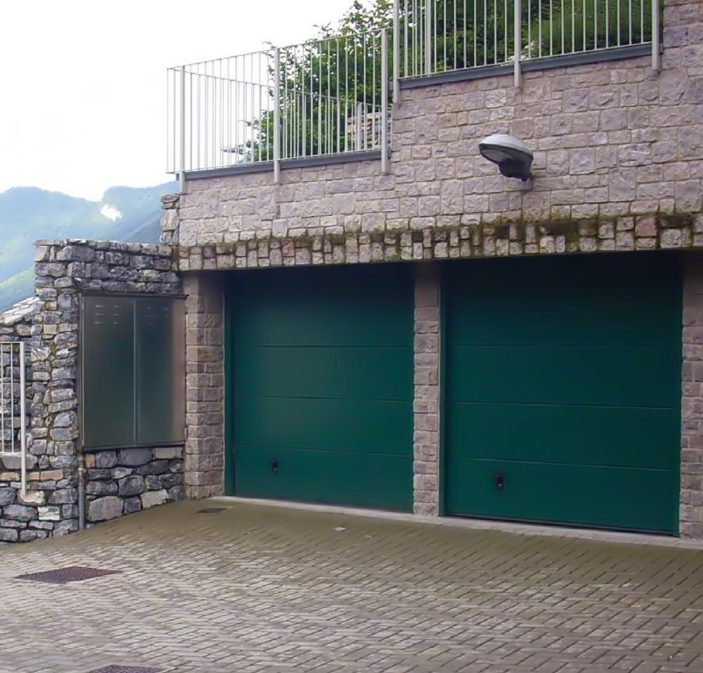 Master sectional door