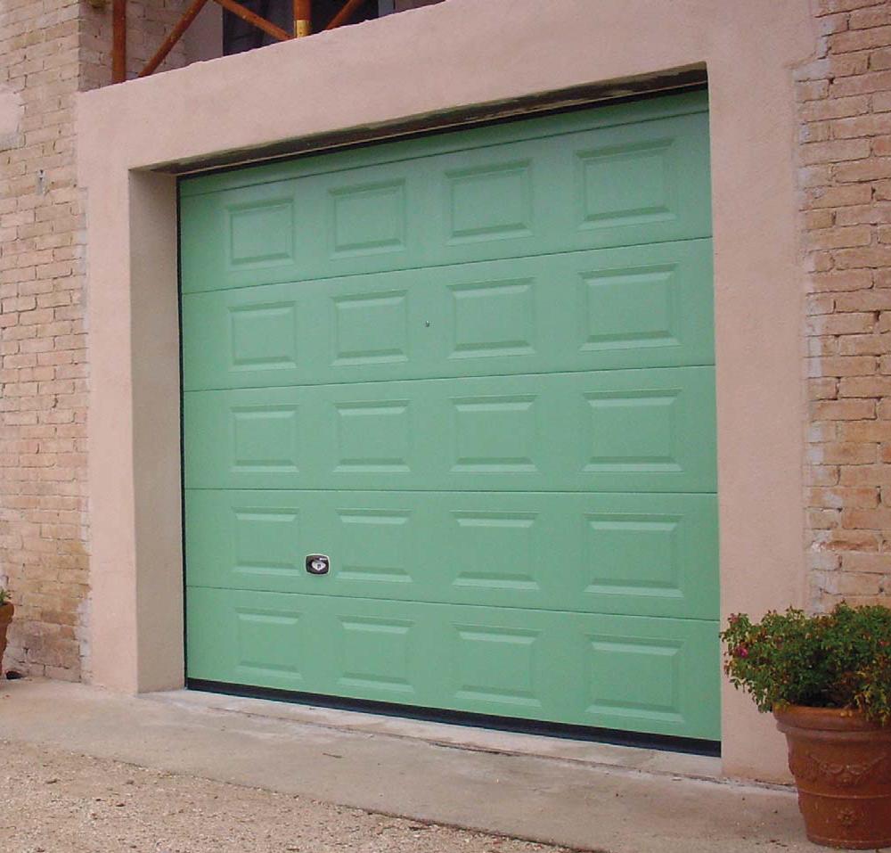 Rialto sectional door